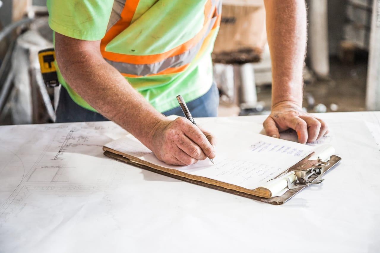 What to Look for in a Custom Post-Frame Home Construction Company