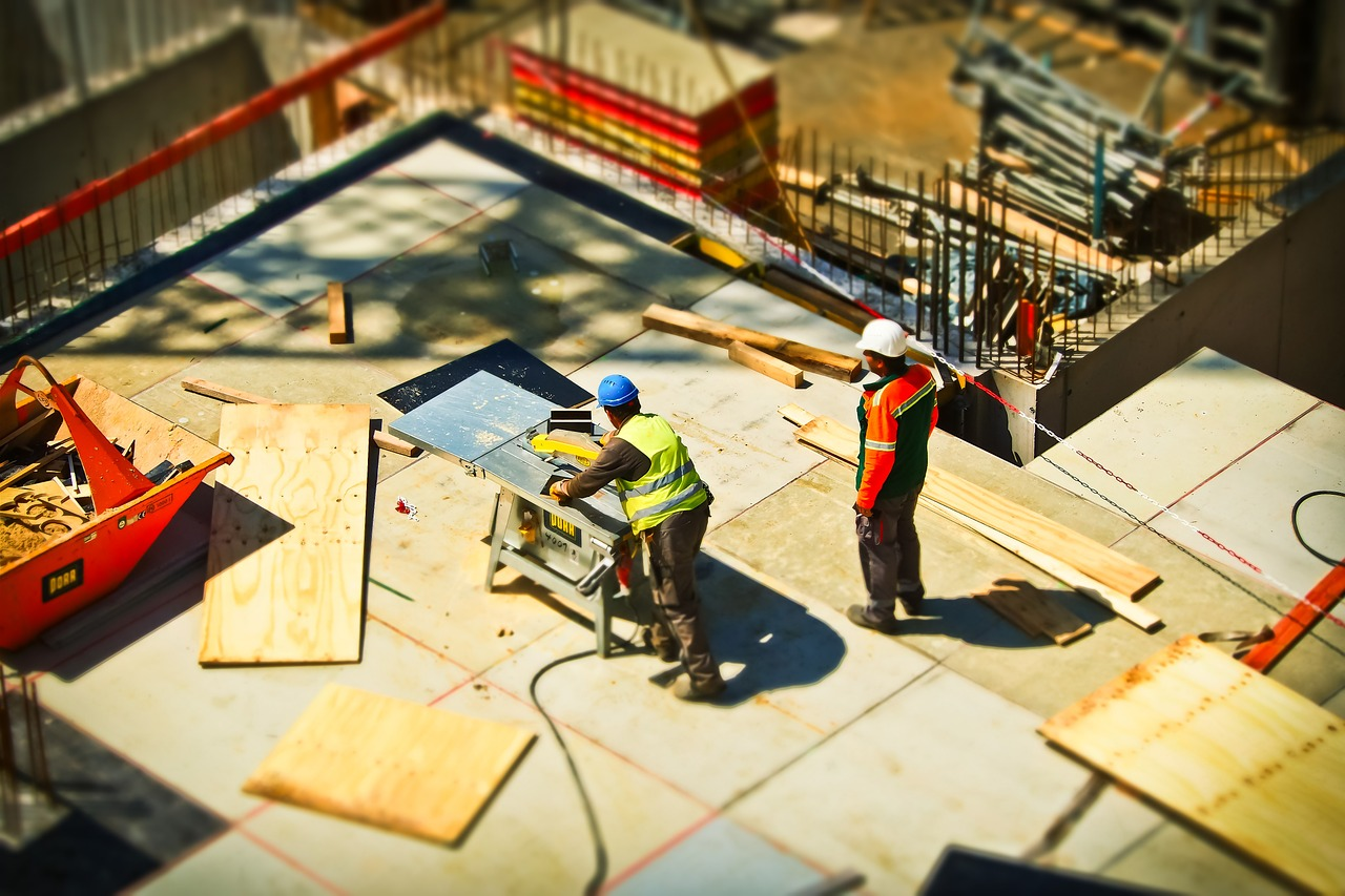 7 Qualities to Look for in a Construction Partner