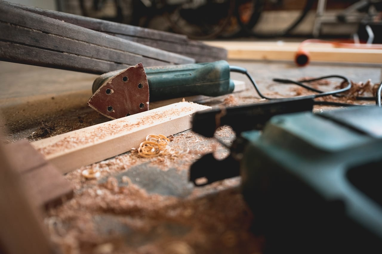 Steel Frame vs. Wood Frame Construction—When to Use Each